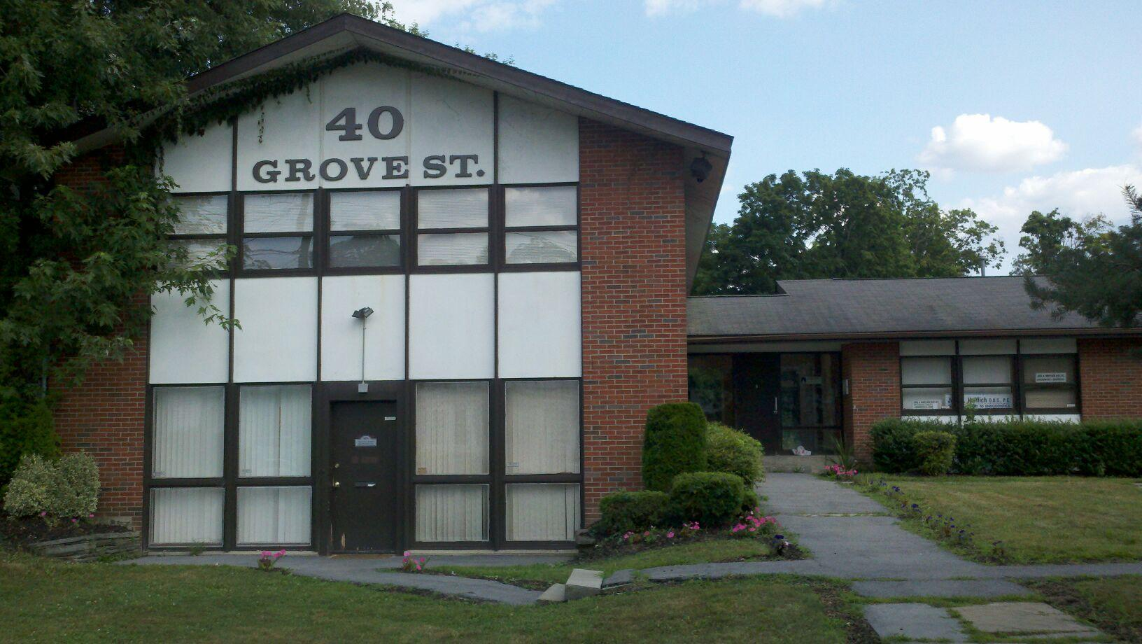 Picture of the office building where Solid Tax Solutions is located at 40 Grove Street Middletown, NY 10940